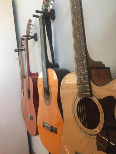 Musikraum Gitarre 2